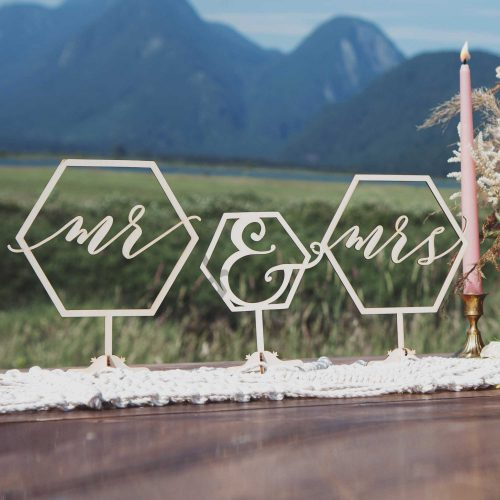 Mr and Mrs geometric table signs