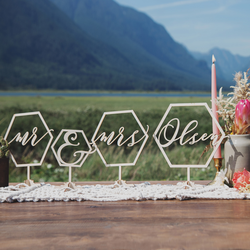 Custom Mr and Mrs Geometric Table Sign by Thistle and Lace